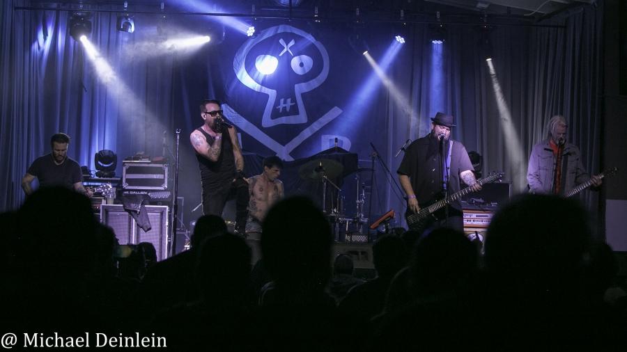 Adema-ManchesterMusicHall-Lexington_KY-20191024-MichaelDeinlein-15