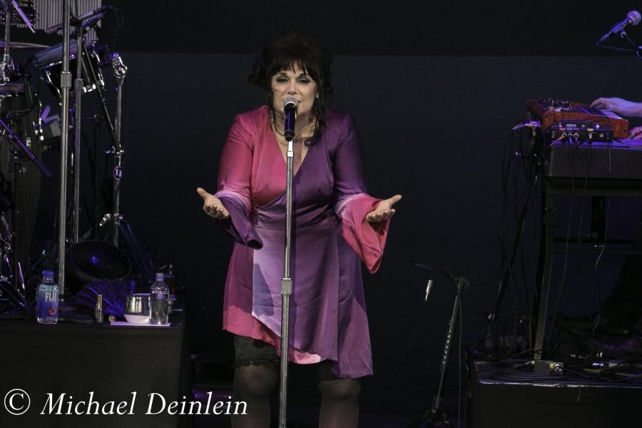 Ann Wilson @ The Riverbend Music Center in Cincinnati, OH | Photo by Michael Deinlein
