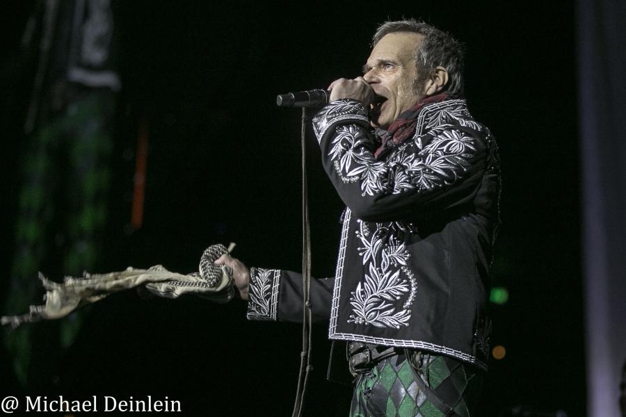 David Lee Roth @ Rupp Arena in Lexington, KY   Photo by Michael Deinlein
