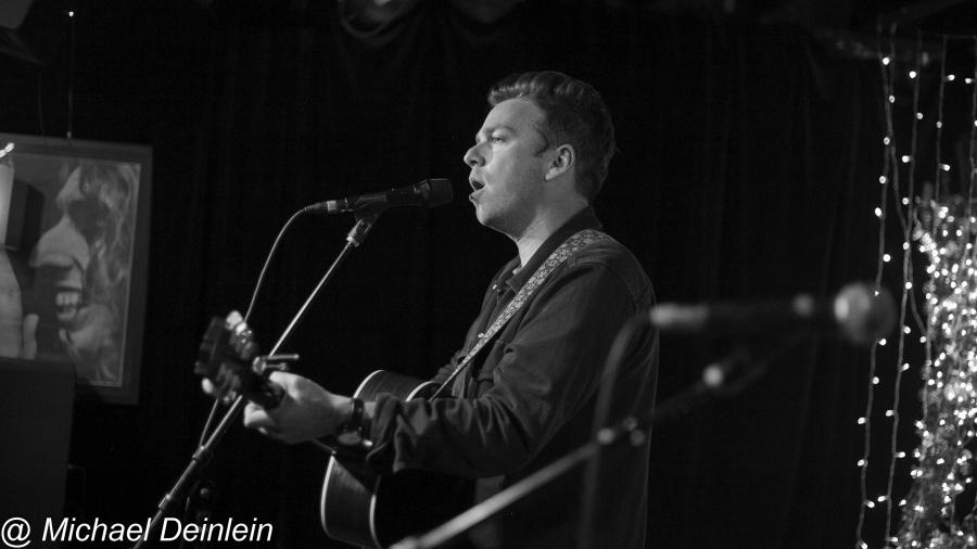 Greg Holden @ The Basement in Nashville, TN | Photo by Michael Deinlein