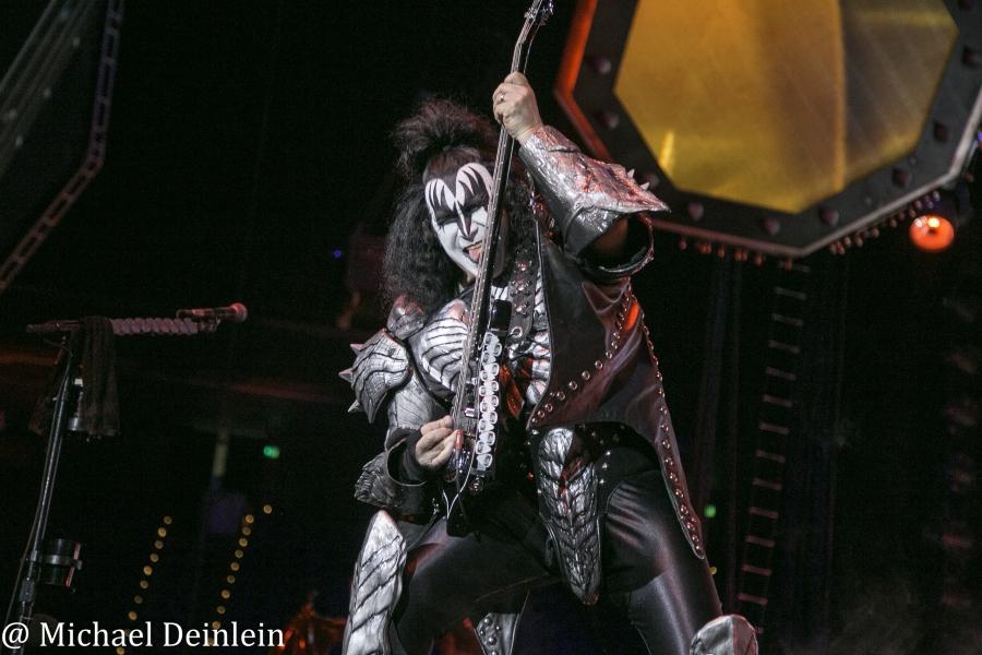 Kiss @ Rupp Arena in Lexington, KY   Photo by Michael Deinlein