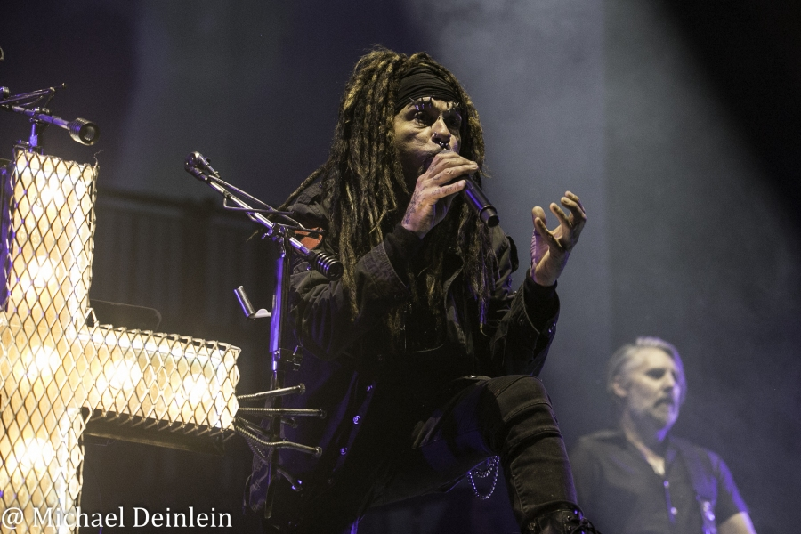 Ministry @ The KFC Yum! Center in Louisville, KY | Photo by Michael Deinlein
