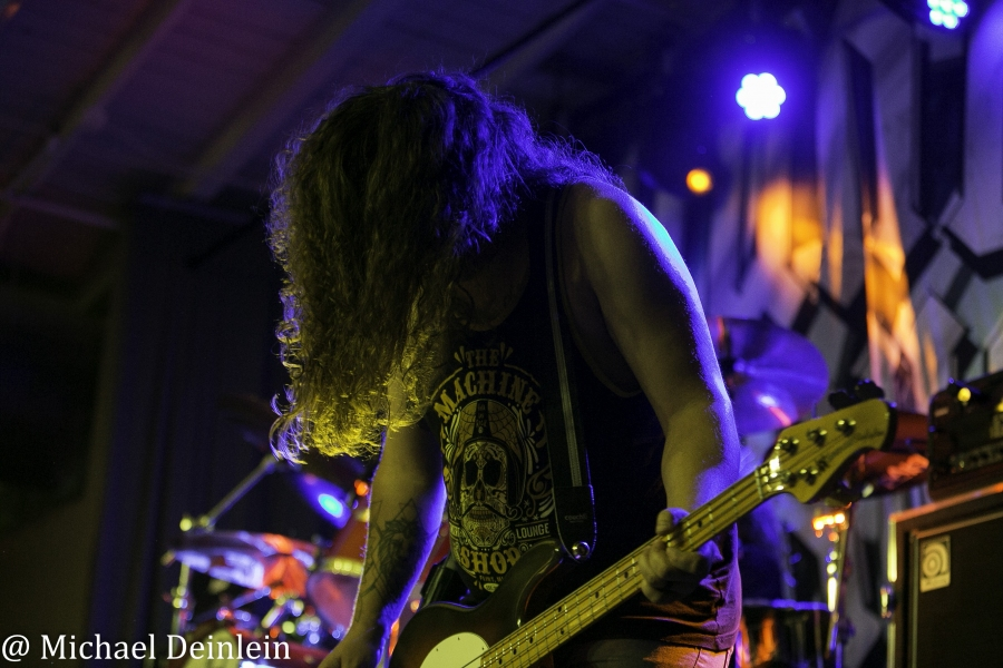 Thunderstruck-ManchesterMusicHall-Lexington_KY-20191214-MichaelDeinlein-5A