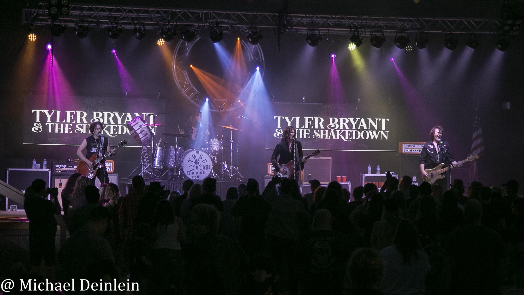 TylerBryantandTheShakedown-JDLegends-Franklin_OH-20210718-MichaelDeinlein-17