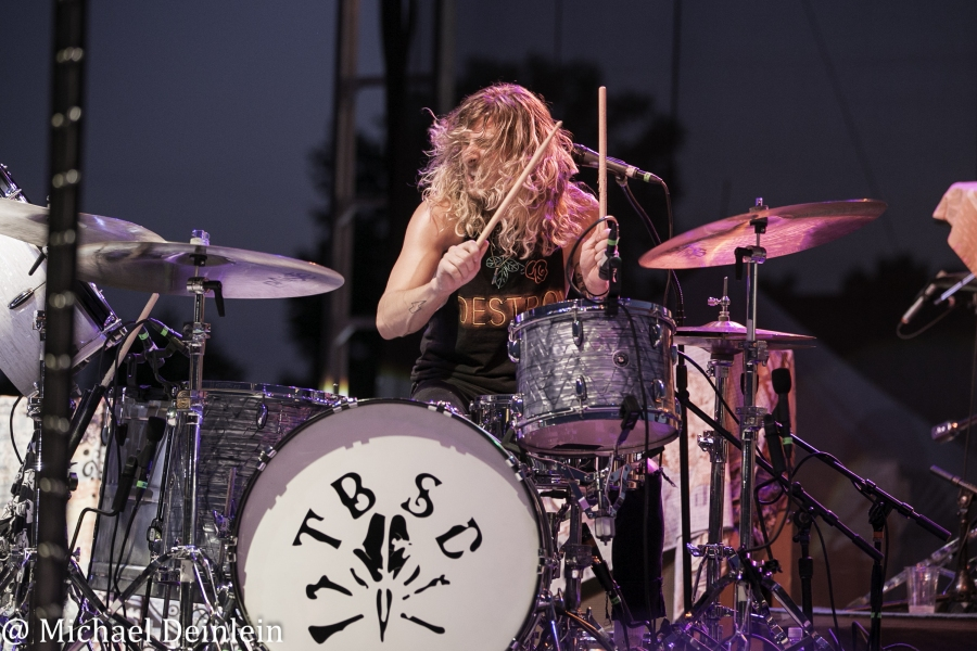 Tyler Bryant and The Shakedown @ The Kentucky State Fair in Louisville, KY   Photo By Michael Deinlein